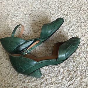 Frye Shoes - Dressy sandals, slight heel